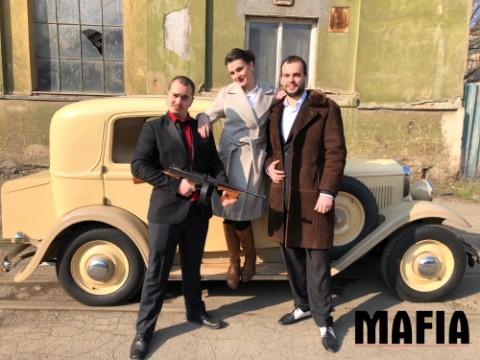 Zfilmování počítačové hry Mafia (mise: Sára)