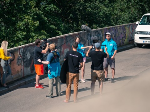 Shooting a Cash crew project